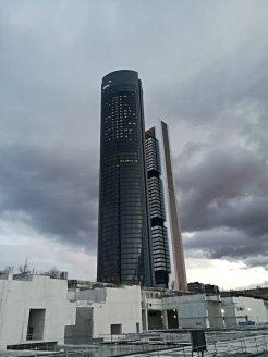 corte de hormigon en la quinta torre madrid